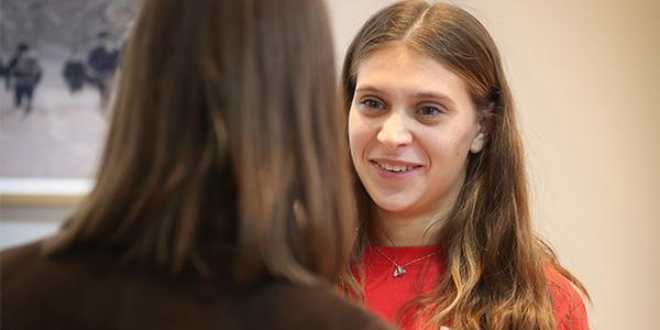 Rencontre avec des professionnels du marché d'art par les étudiants de l'ICART