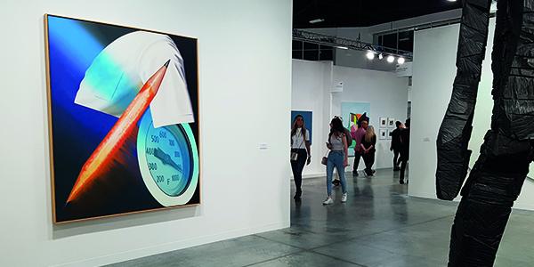 Les étudiants de la formation marché de l'art ICART au coeur de galeries d'art moderne